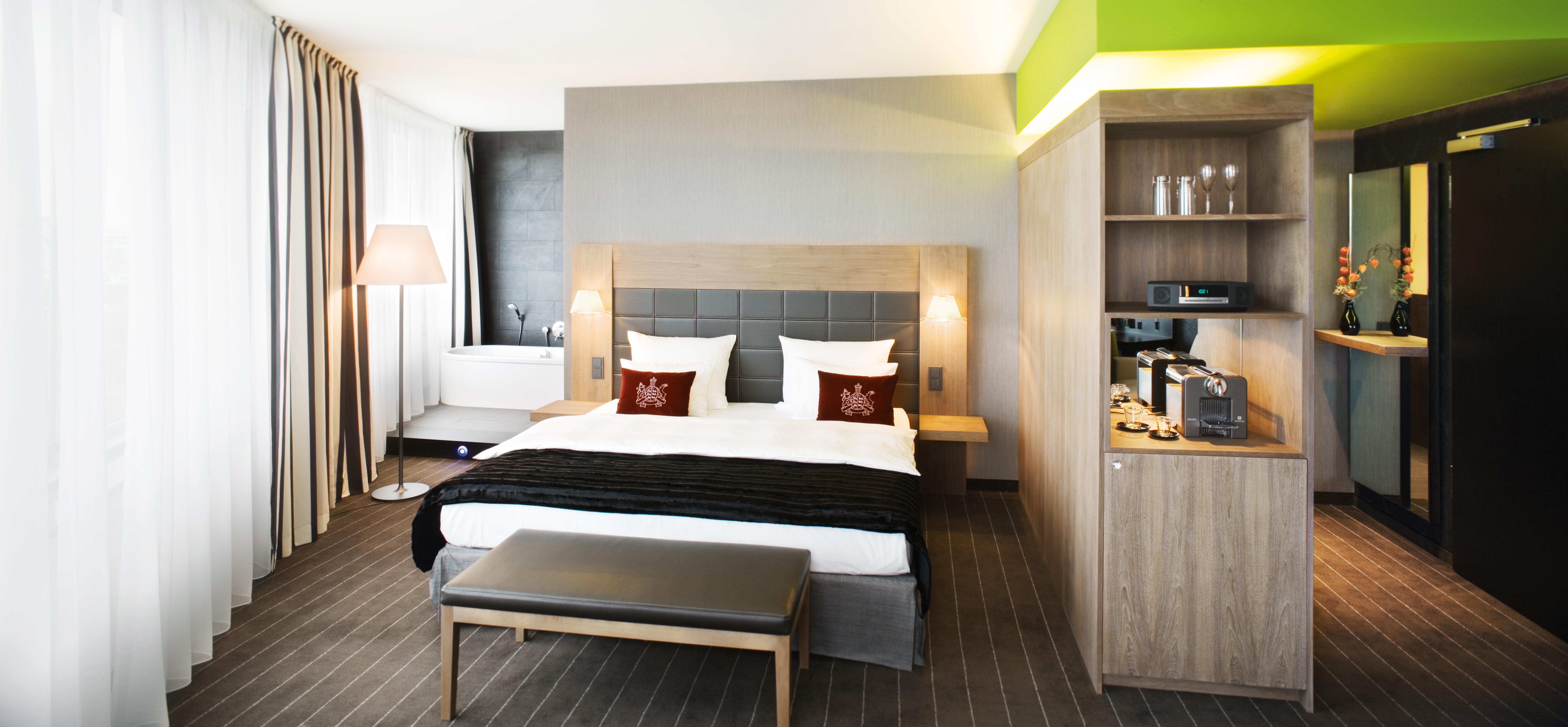 interior stuttgart edimaps. Black Bedroom Furniture Sets. Home Design Ideas